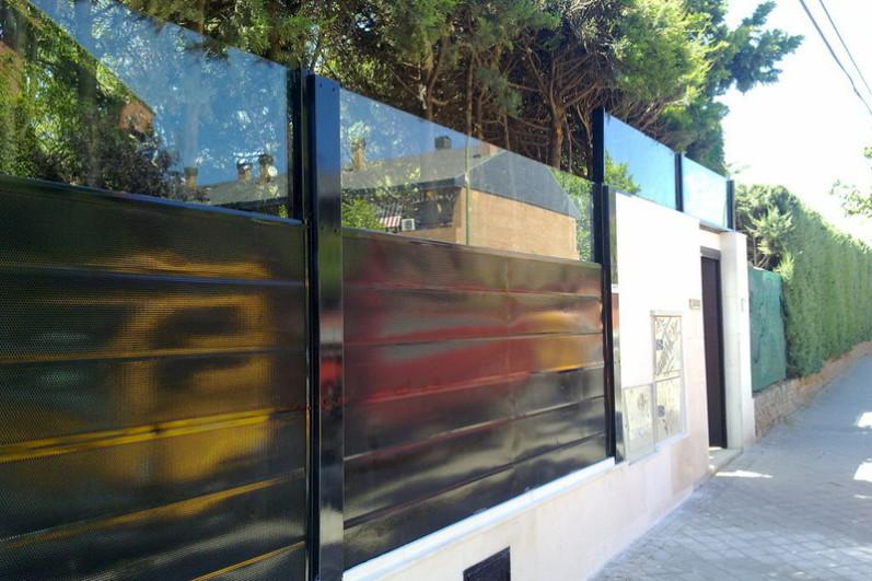 Pantallas acusticas madrid pantallas ac sticas insonorizadas for Vallas jardin antiruido